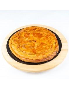 Empanada de chicharrones con queso